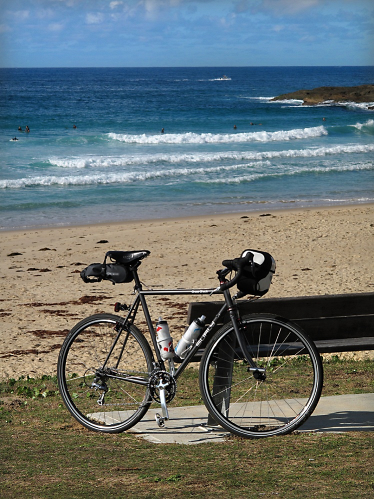 Post pics of your Surly!!!-img_1582.jpg
