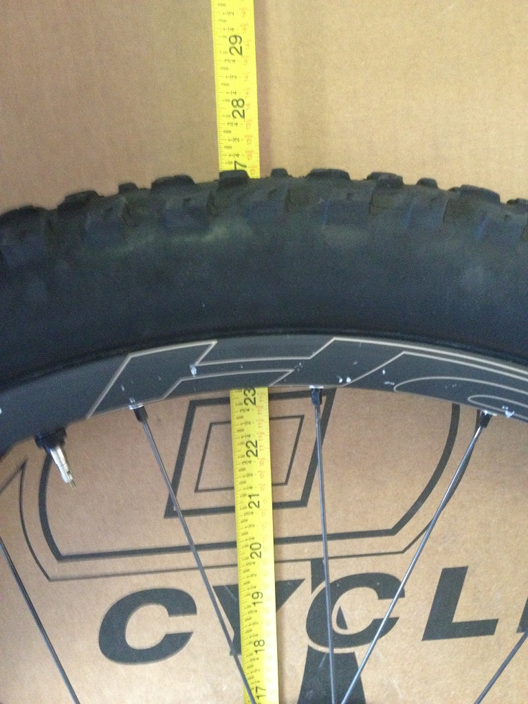 "Which 26"" tire size and model best matches height of the average 650B wheel and tire?-img_1738.jpg"