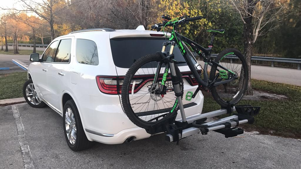 "Best 2"" receiver hitch rack for 2 fat bikes-img_1795.jpg"