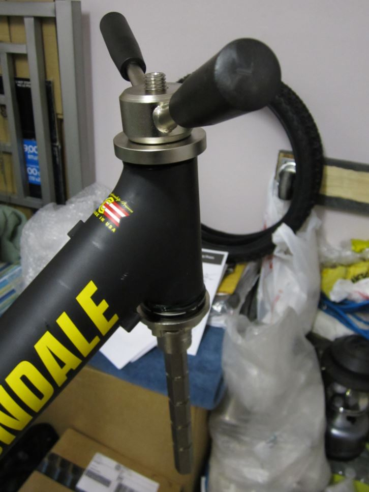 Do you grease your headset cups???-img_1863_c-mtbr.jpg