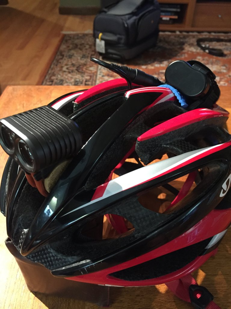 Helmet light w/external battery pack-img_1974.jpg