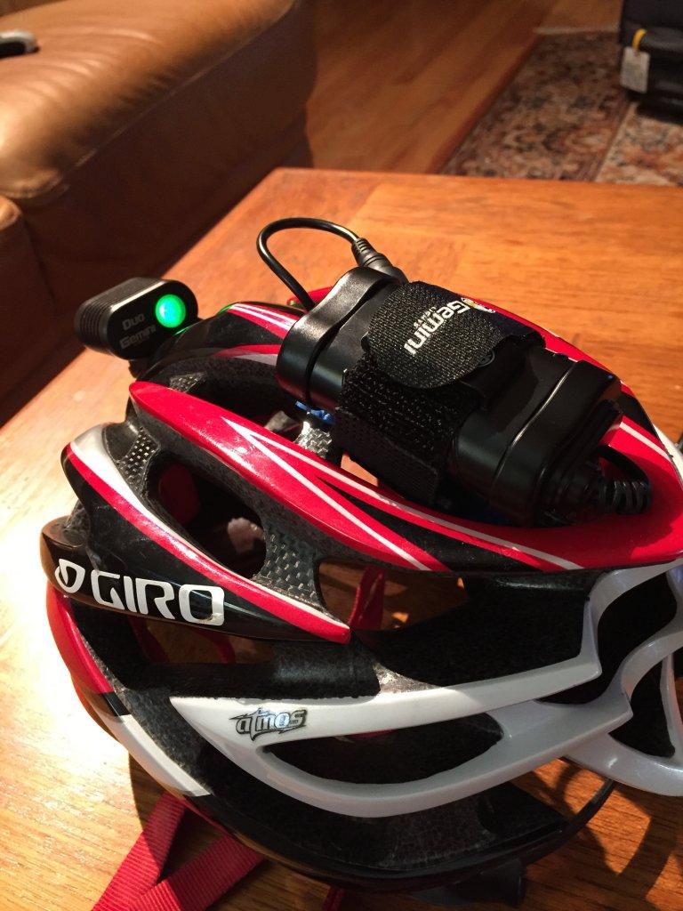 Helmet light w/external battery pack-img_1975.jpg