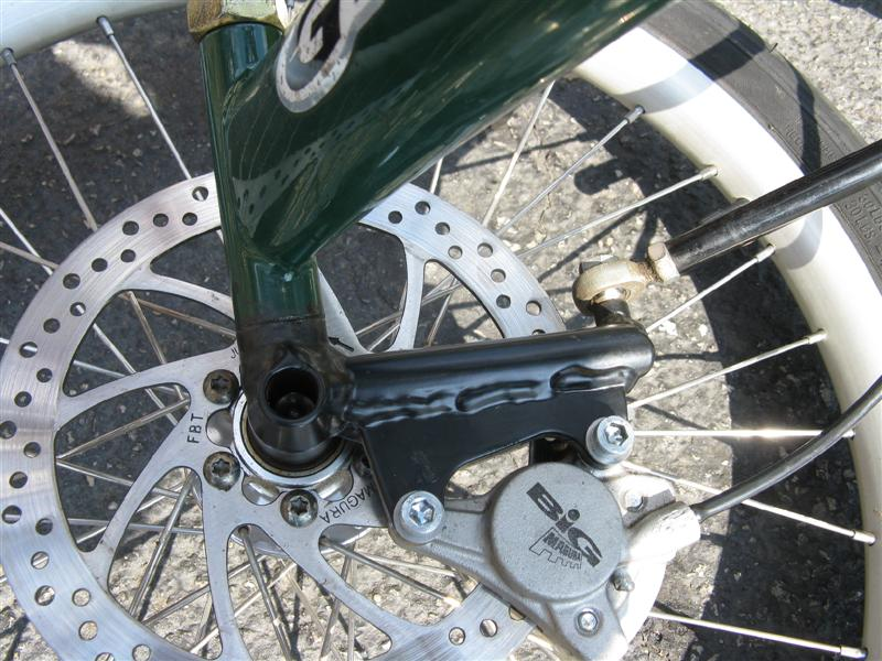 disc brakes for trikes/quads-img_1979-medium-.jpg