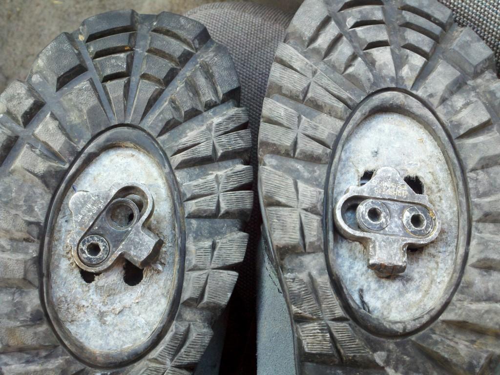 shoe cleat stripped-img_20110923_132446.jpg