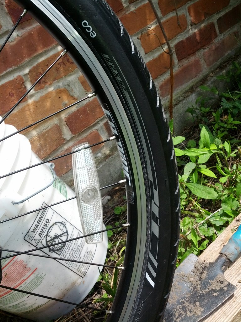 "Looking for 26"" x 2"".5 kevlar bead slick tires-img_20130703_115146.jpg"