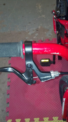 Brake lever and rear hub upgrades for Hotrock 16.-img_20130929_151213_434.jpg