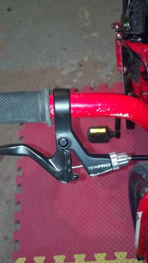 Brake lever and rear hub upgrades for Hotrock 16.-img_20130929_151213_434.jpg
