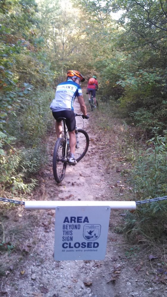 Trail Closed-img_20131008_153825_938.jpg