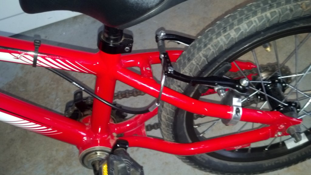 Brake lever and rear hub upgrades for Hotrock 16.-img_20131023_172153_240.jpg