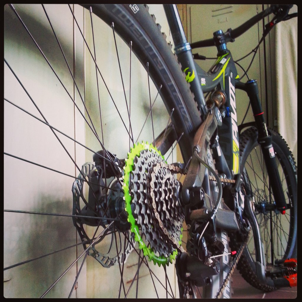 What have you done to your Pivot Cycle lately?-img_20140123_131019.jpg