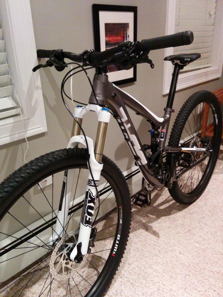 2014 Diamondback Sortie 1... Legit bike?-img_20140416_214932.jpg