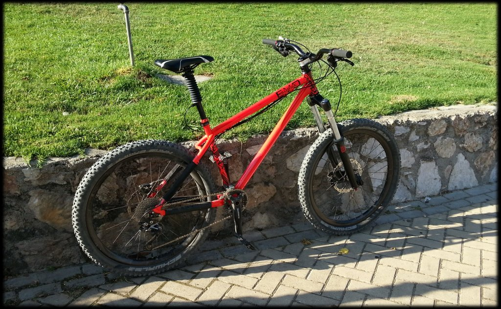 Show us a picture of your 26er MTB that you still use on the trails-img_20140803_222119.jpg