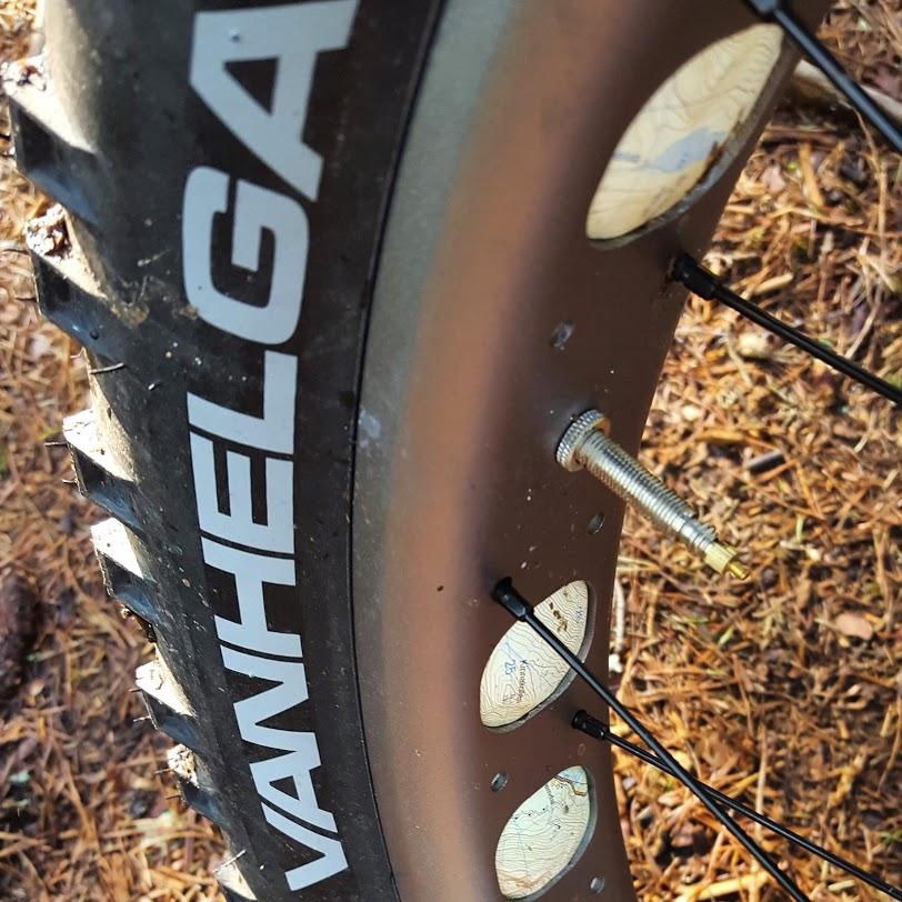 Farbar's tire shootout (Vanhelga, Bud/Lou, Dillinger 5, Bulldozer...)-img_20150508_111458-3.jpg