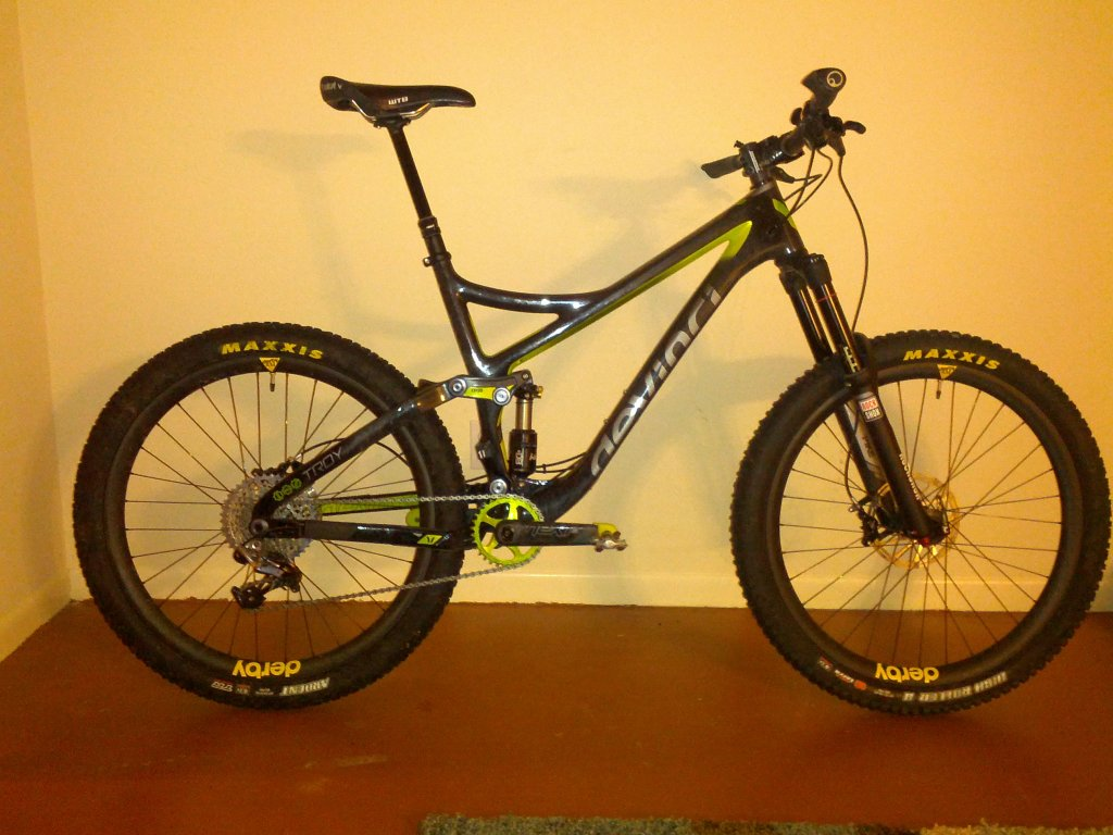 Show off your Devinci's!-img_20150512_223024.jpg