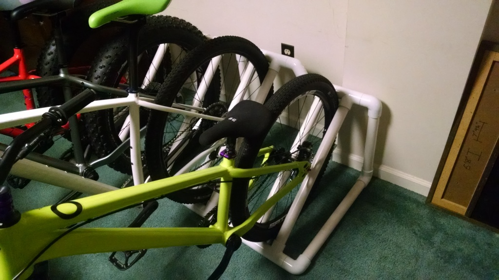 DIY bikestand for fatbike-img_20160504_190630915.jpg