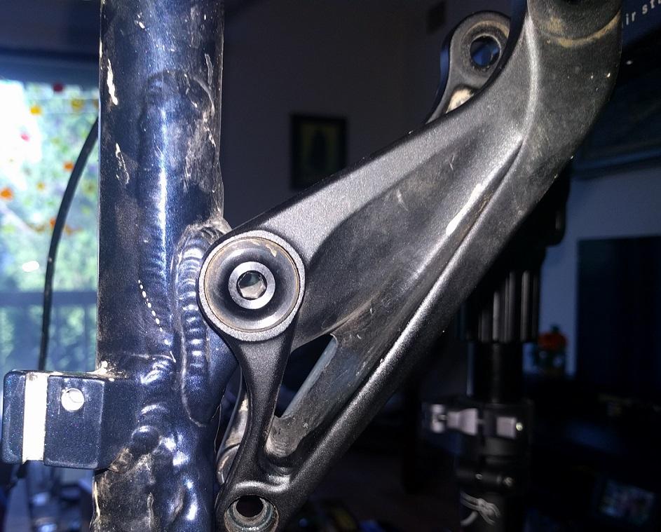 Hobgoblin suspension rebuild. Pivot bolt question.-img_20160922_175543.jpg