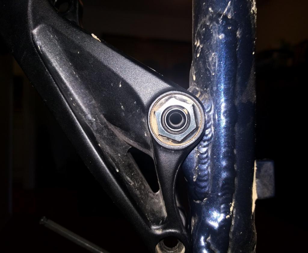 Hobgoblin suspension rebuild. Pivot bolt question.-img_20160922_175556.jpg
