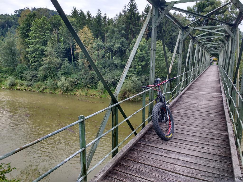 bike +  bridge pics-img_20170821_090832757_hdr.jpg