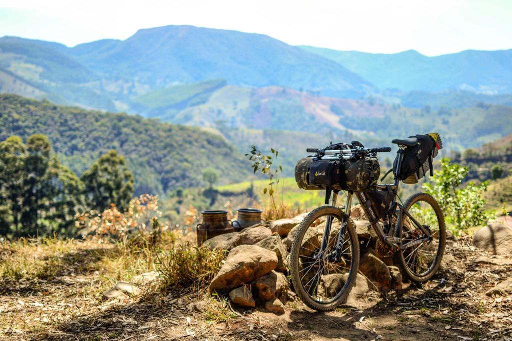 Post your Bikepacking Rig (and gear layout!)-img_20170916_193640_968.jpg