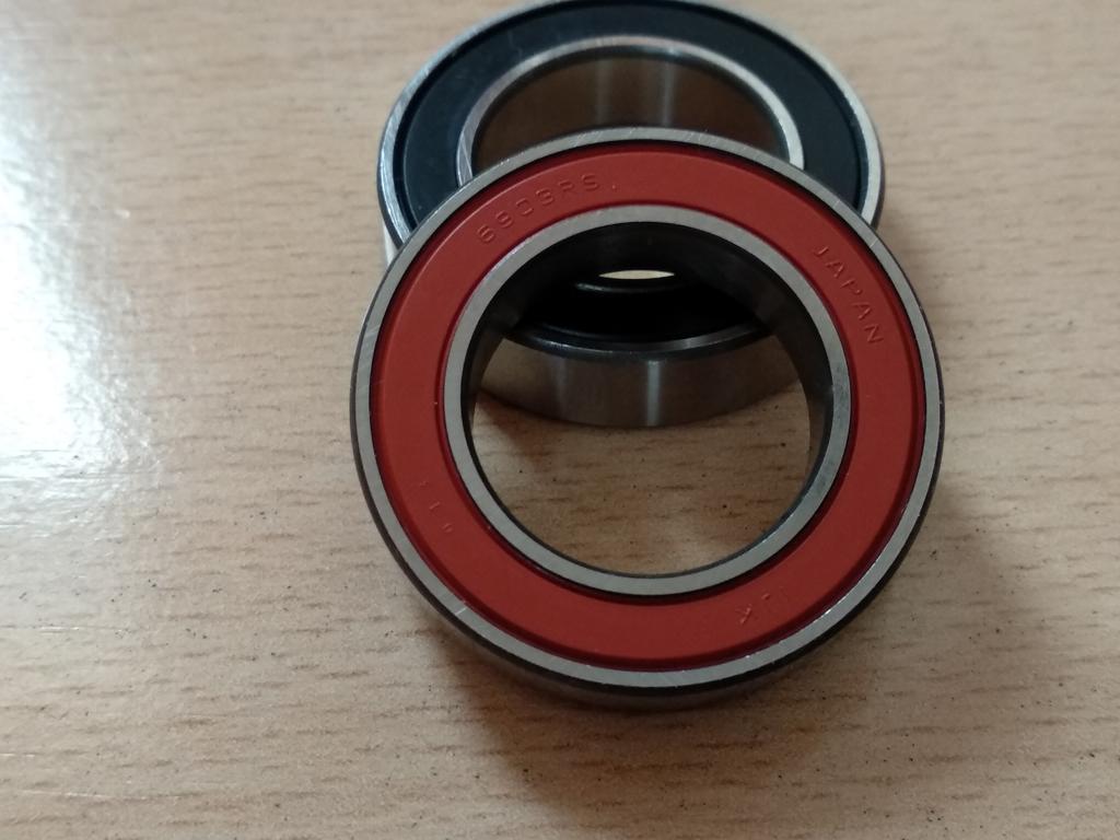DT Swiss 240& DT Swiss 350 bearing manufacturer identification-img_20180316_175347.jpg