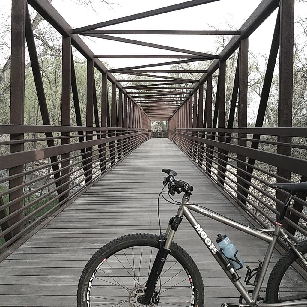 bike +  bridge pics-img_20180506_211303_838.jpg
