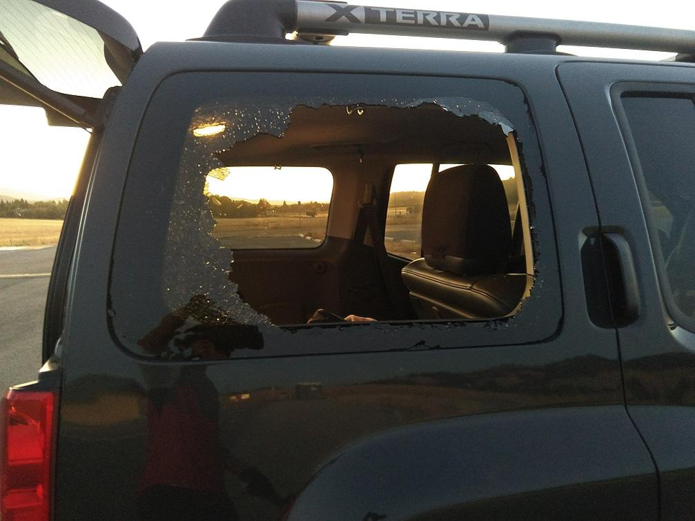 Car break-ins at the local trailheads.-img_20180710-25.jpg