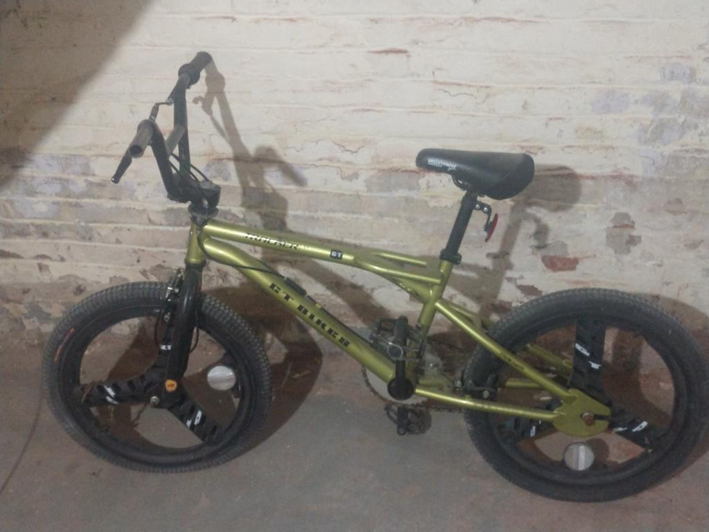 Can anyone identify this bike?-img_20180817_194222459.jpg