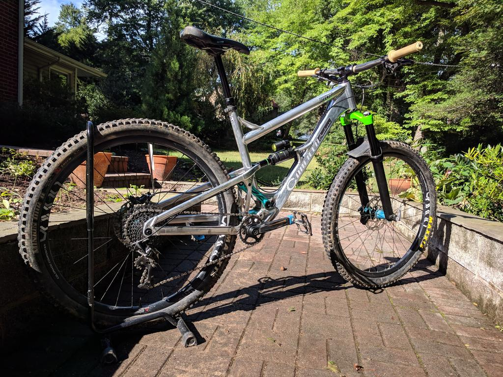 Curious to see the custom builds of 29ers out there.-img_20180916_162058.jpg
