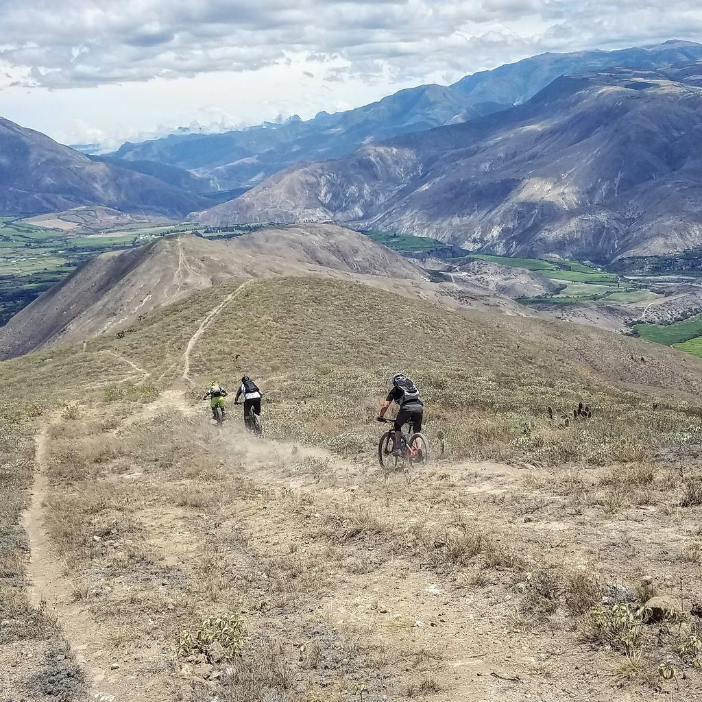 Do you like to get HIGH, man? (post your high country riding photos)-img_20180925_133010_818.jpg
