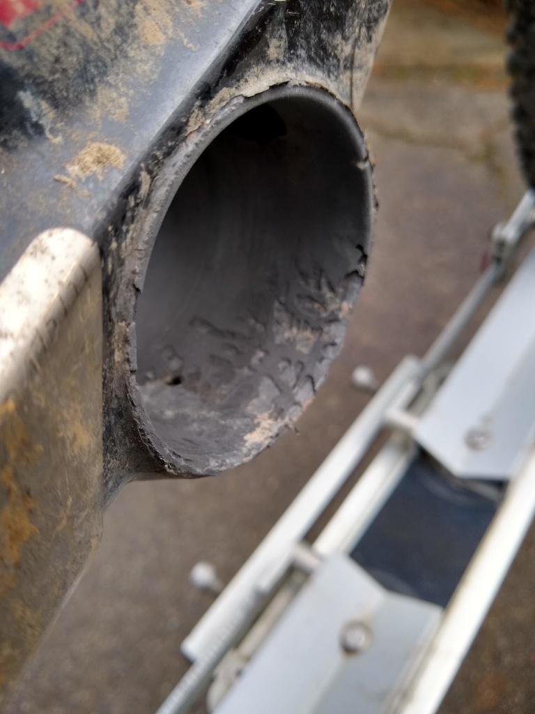 Air9 Carbon - bottom bracket metal insert-img_20190314_172729817_hdr.jpg