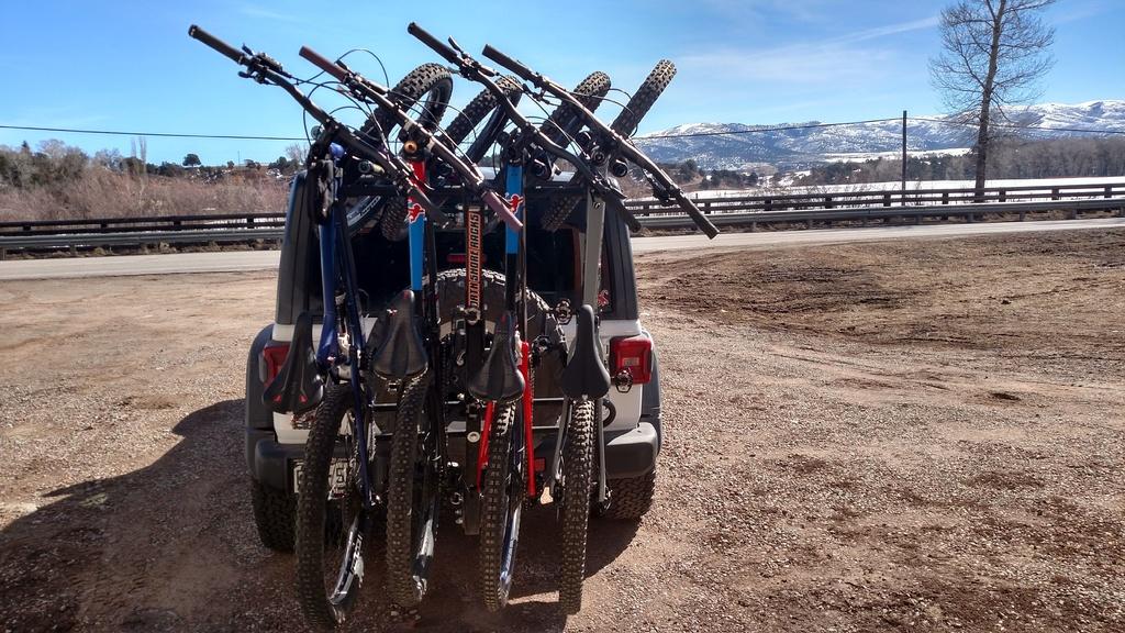 Jeep  Wrangler JL Bike Rack-img_20190317_112138413_hdr.jpg