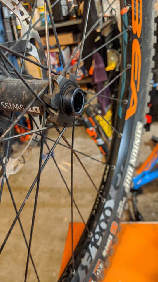 Do the spacers on the front wheel come off?-img_20200212_061928.jpg