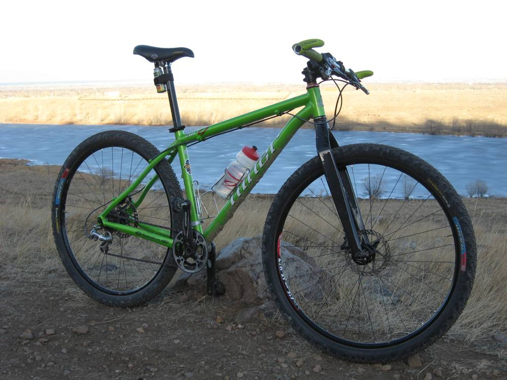 Lets see some of bikes that the staff members at Niner Bikes ride...-img_2040.jpg
