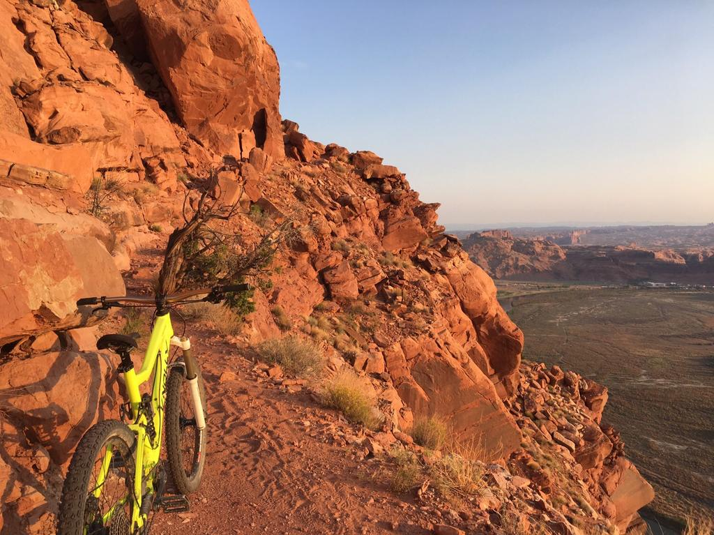 Moab question, is TWE exposed at all? Difficulty compared to Sedona?-img_2100.jpg
