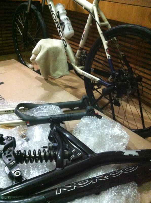 Old School DH bikes-img_2124.jpg