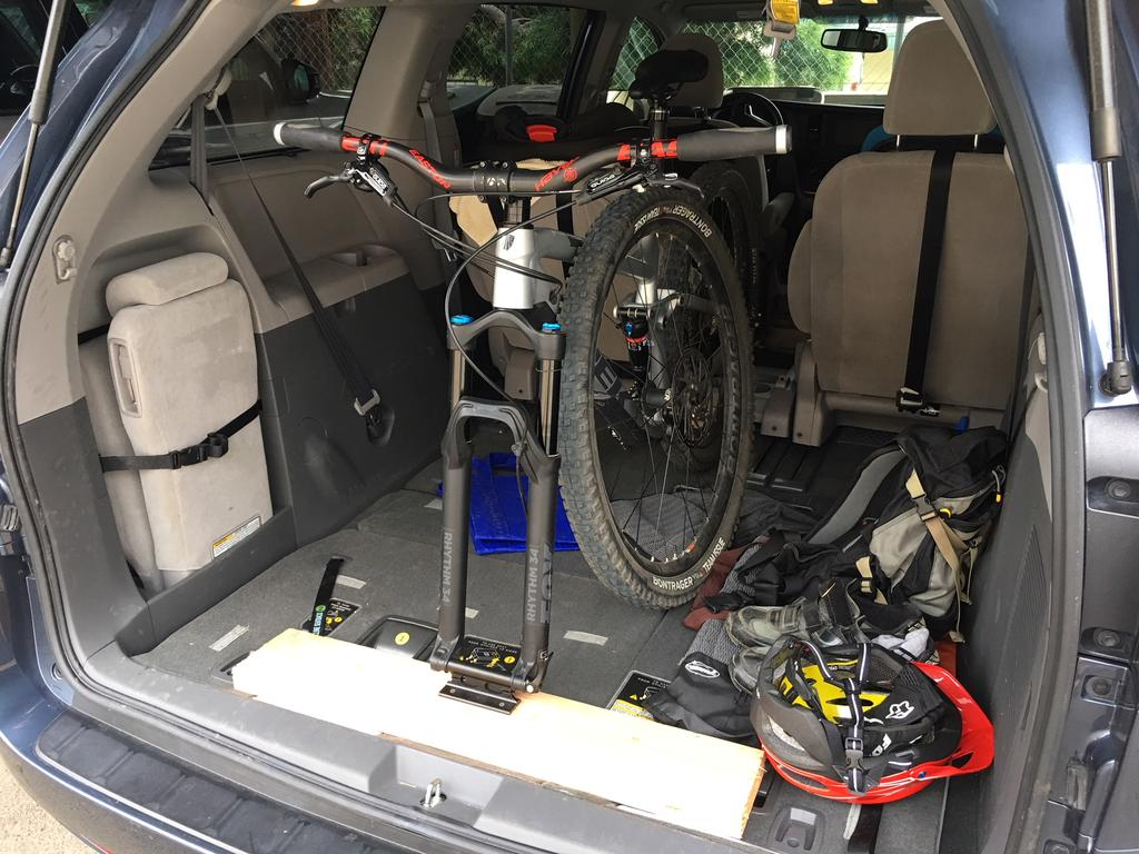 "Does your mountain bike fit/travel ""in"" your car?-img_2160.jpg"