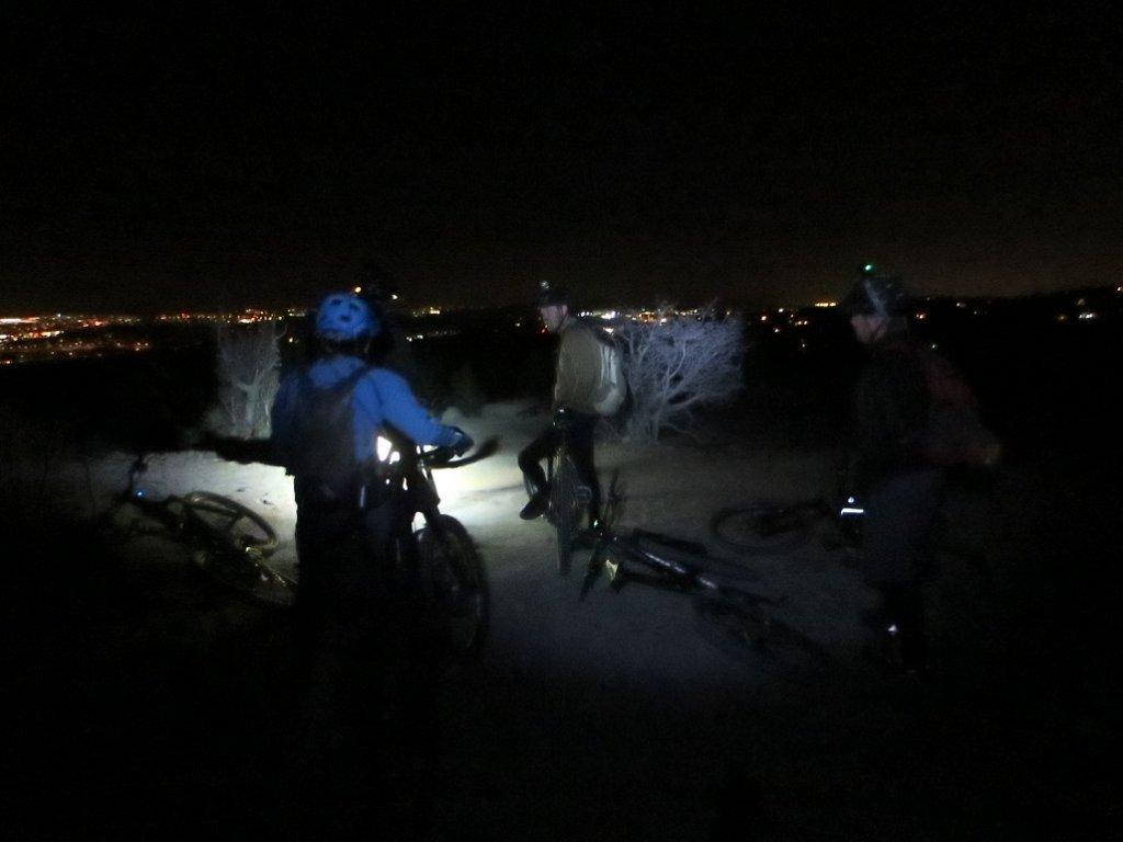 Inflexibles Night Ride 2/26-img_2196.jpg