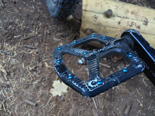 Anyone riding Canfield Crampon Ultimate pedals?-img_2200.jpg