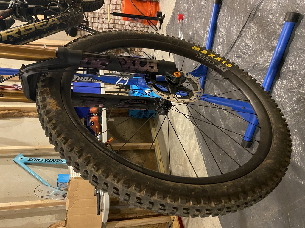 What wheels (not tires) are you guys/gals racing?-img_2364.jpg