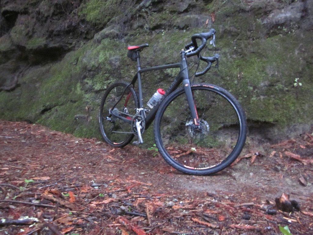 Black/stealth cyclocross bikes-img_2386.jpg