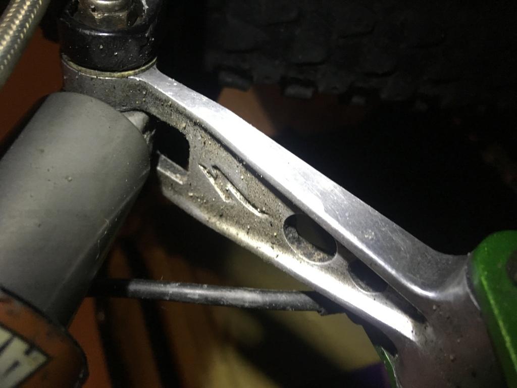 Maintaining a '99 Stumpjumper - rear shock issue-img_2408.jpg