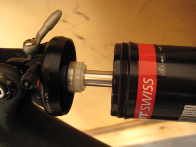 650b shock bottom-out shim for seat tube clearance-img_2625.jpg
