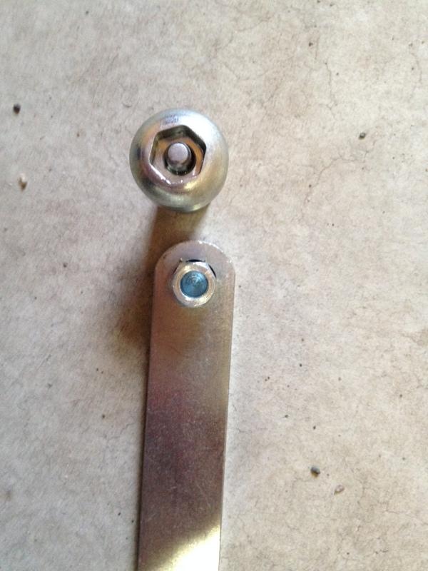 mounting 1up roof rack to whispbar?-img_2687.jpg