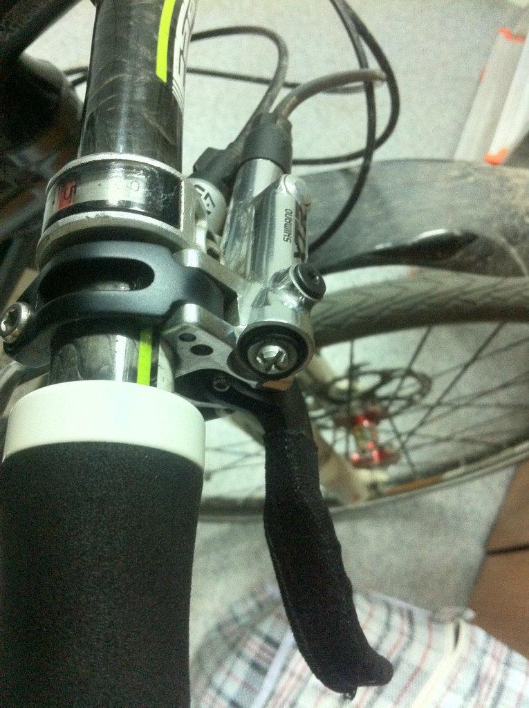 2011 XTR (M985) Brakes Leaking-img_2831.jpg