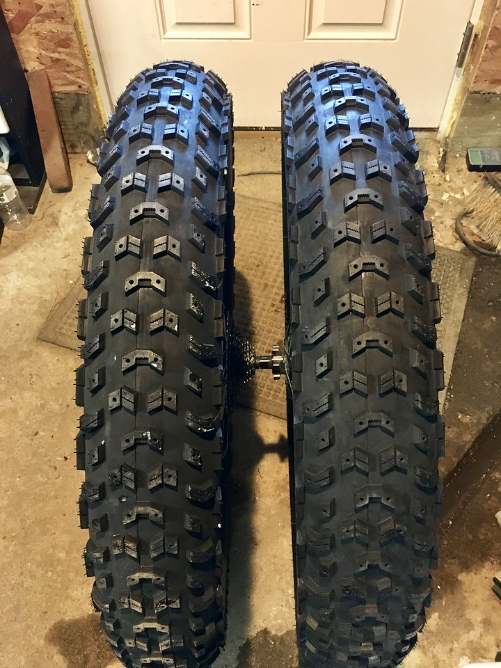 A new studded tire from 45NRTH....-img_3024-x2.jpg