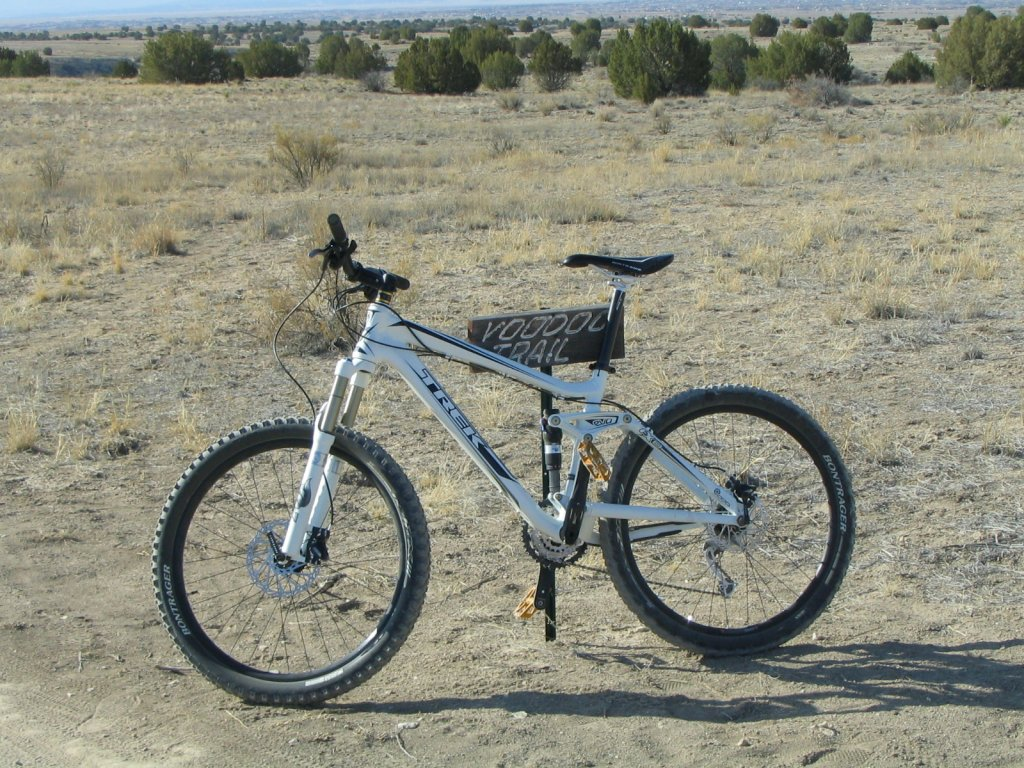Bike + trail marker pics-img_3033.jpg