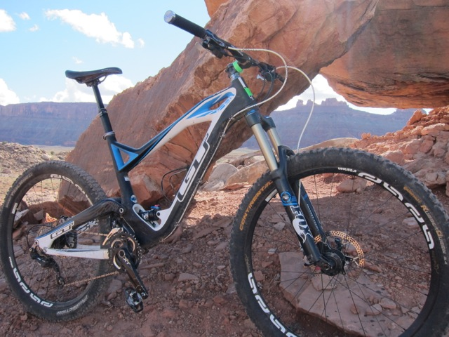 Outerbike 2013 demo reviews-img_3172.jpg