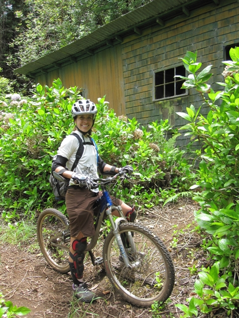 Mtn Biking on Maui-img_3220.jpg