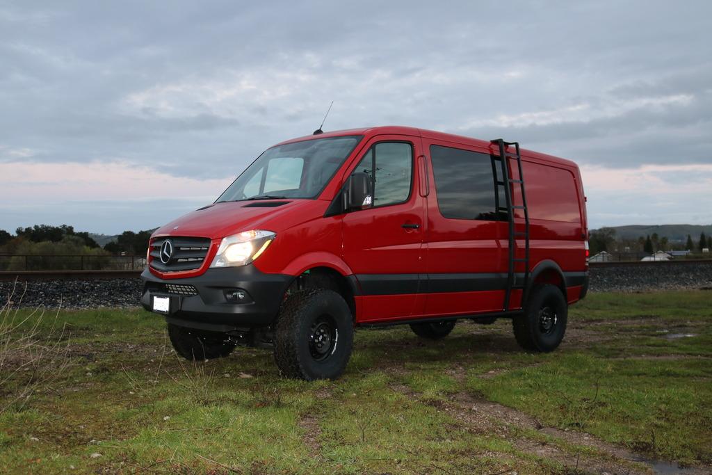 Travel vans.  Any advice?-img_3295_zpsav4hkgd7.jpg