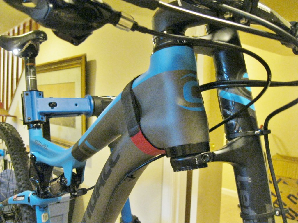 Who's moved the Scalpel 29er headset spacer from the top to the bottom?-img_3401.jpg